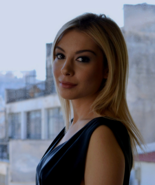 Vivian Paraschou